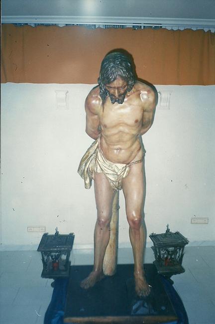 A mediados de 1999 se acometió la restauración de la Sagrada Imagen de Nuestro Señor en la Columna, labor que asumieron los restauradores D. Alfonso Ruiz Esteban y Dña. Mónica Aragón Palacios.