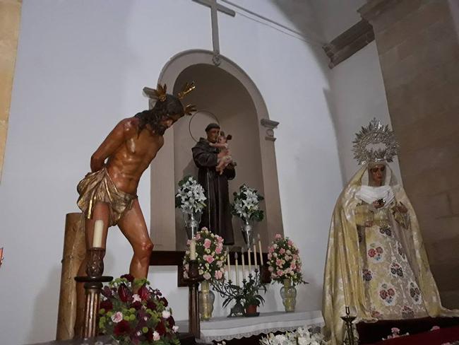 en 2018 y con motivo de las obras en su Capilla, Nuestros Titulares son traslados a la Capilla de S. Antonio situada en la nave de San Isidoro, mientras duran las mismas